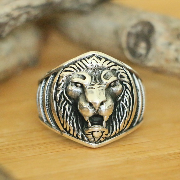 Grand Bazaar Jewelers Other - 925 Sterling Silver Lion Head Men's Ring Animal
